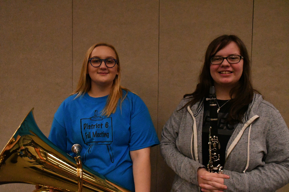 Sydney Stalnaker and Maverick Whitlow chosen Jr High All-Region Band